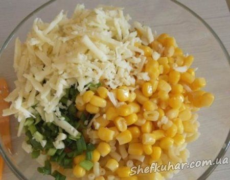 Швидкий салат з макаронами