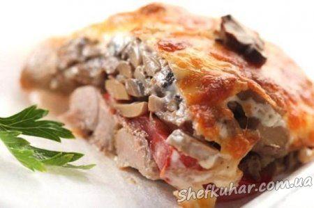 М'ясо з грибами в духовці
