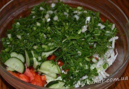 Салат з пекінської капусти і болгарським перцем