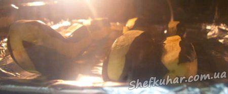 Фаршировані баклажани в духовці