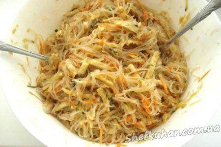 Святковий салат з фунчозой