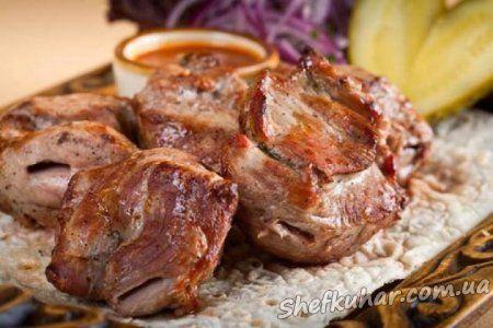 Шашлик зі свинини з незвичайним маринадом