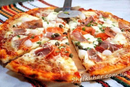 Домашня піца в духовці