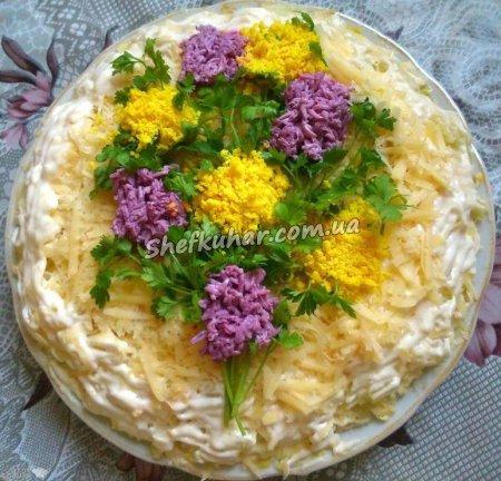 Святковий салат на 8 березня