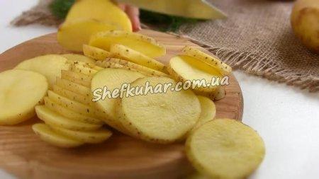 Картопля по-селянськи в духовці