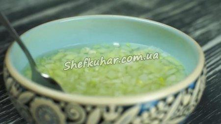 Салат з курячим філе та шампіньйонами