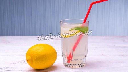 Домашній лимонад з м'ятою