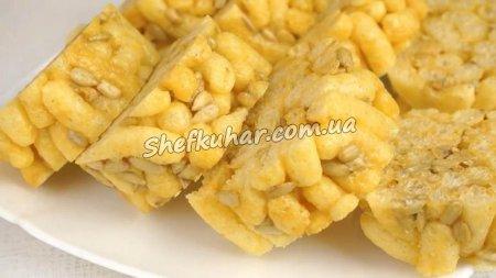 Десерт з кукурудзяних паличок