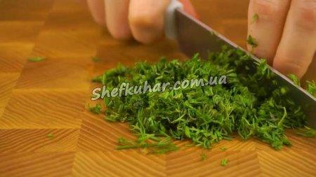 Швидкий святковий салат з крабовими паличками