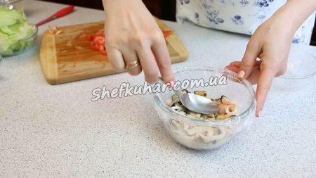 Топ 5 святкових салатів з морепродуктів