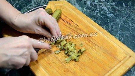 Салат з шинкою і капустою