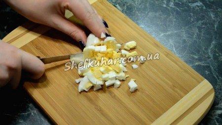 Салат з пекінської капусти зі смаженими грибами