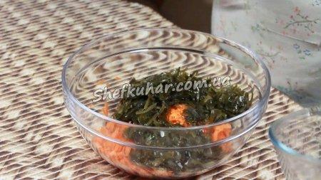 Салат з морської капусти і моркви