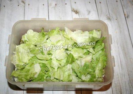 Як приготувати Салат з м'ясом, грибами і горіхами - Фото 5