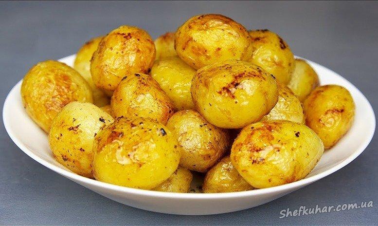 Картопля з часником в духовці