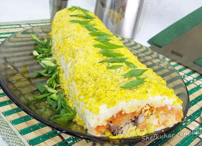 Святковий салат Мімоза рулетом