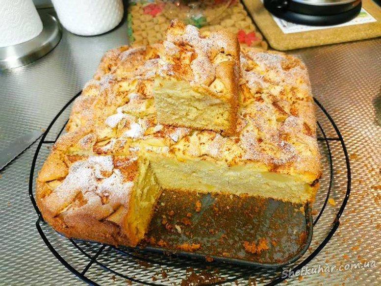 Солодкий пиріг на швидку руку