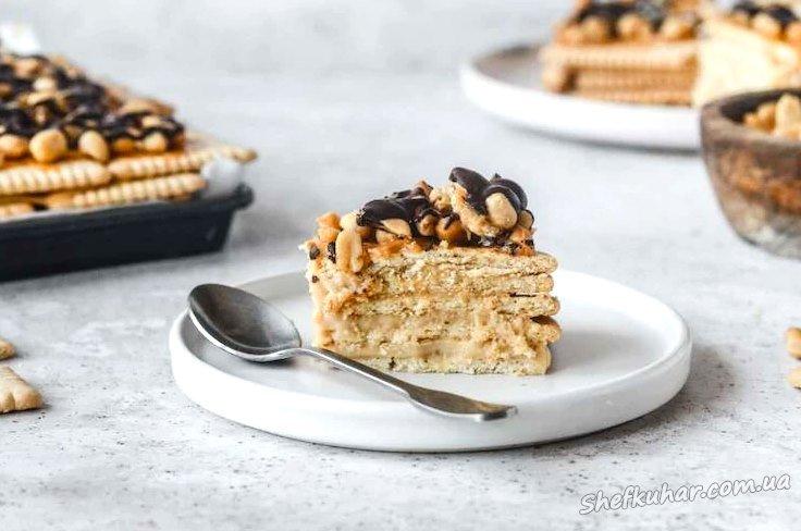 Торт з печива Снікерс